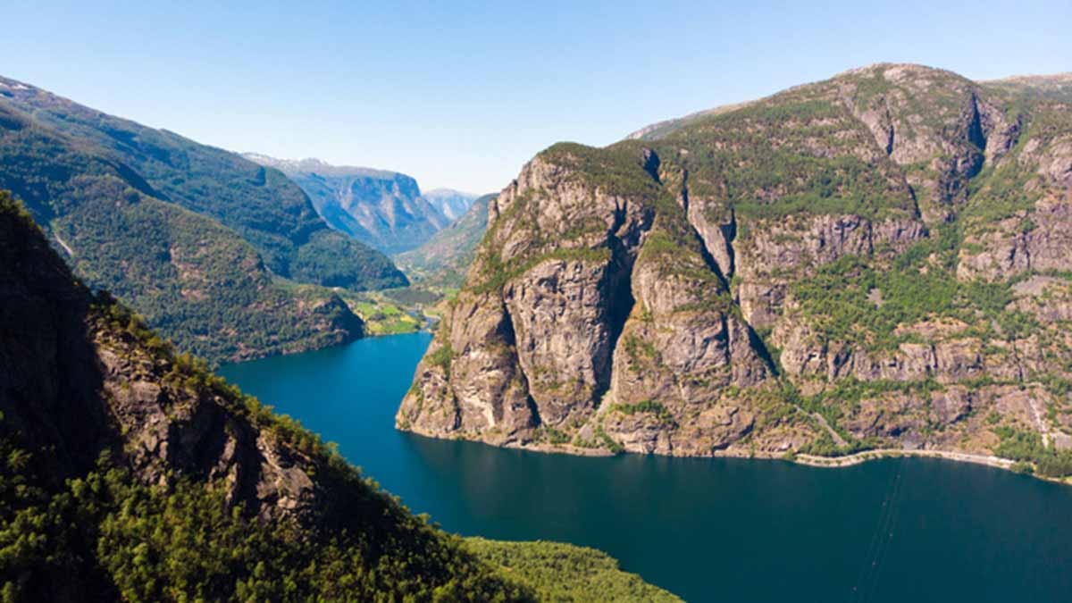 Mining waste too sharp for Norwegian fjord marine life