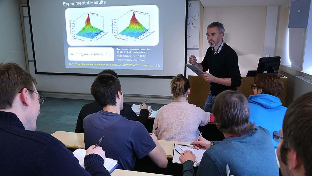 Why study Physics with us? - Heriot-Watt University